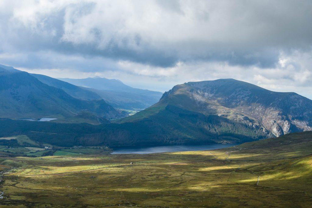 Mount Snowdon lake view